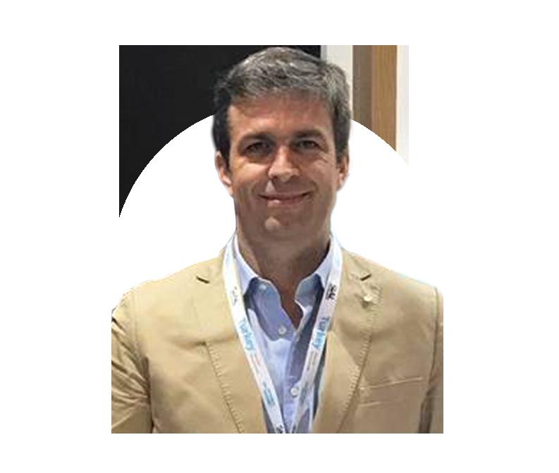 Dr. Hugo Carvalho